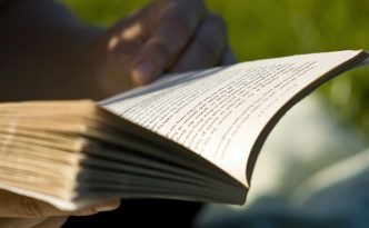 Keep Your Readers Engaged In Your Novels With One Simple Tip